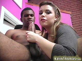 Dirty babe deals a black monster on full cam