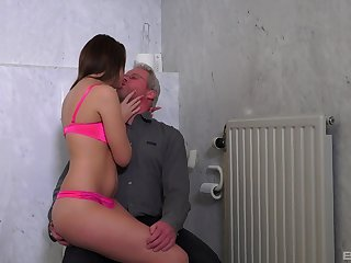 Teen slut moans with the senior man drilling her like a bull
